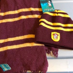 Harry Potter winter hat and scarf
